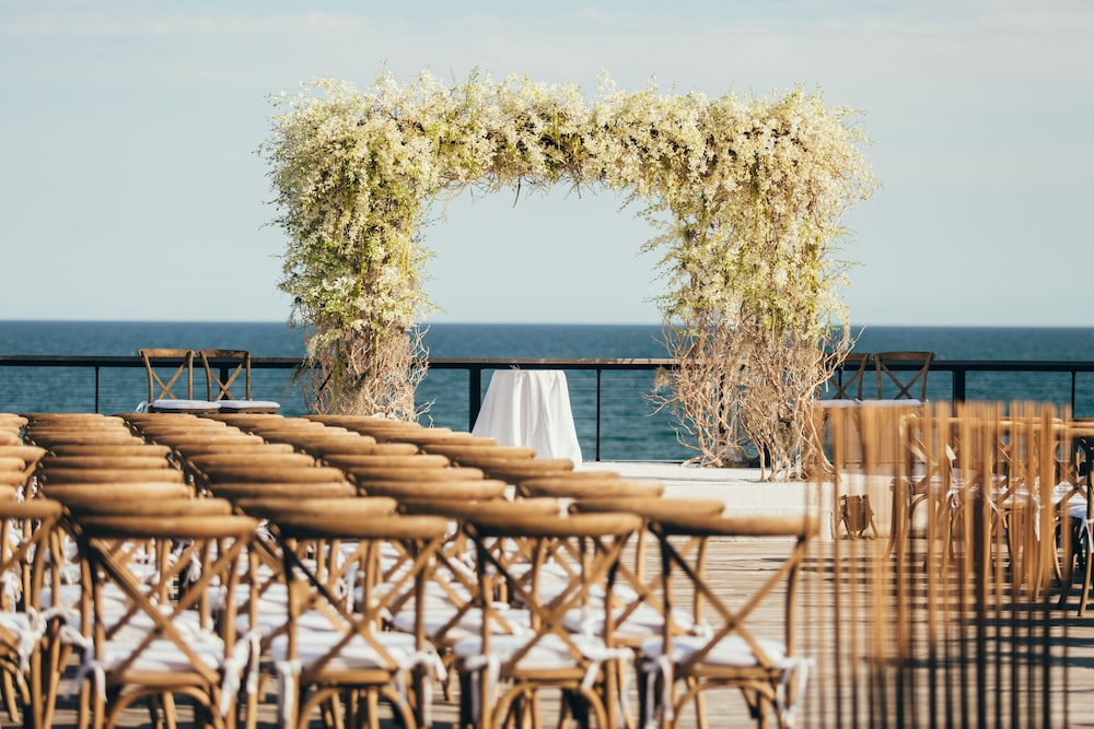 Outdoor Wedding Area, Gurney's Montauk Resort & Seawater Spa