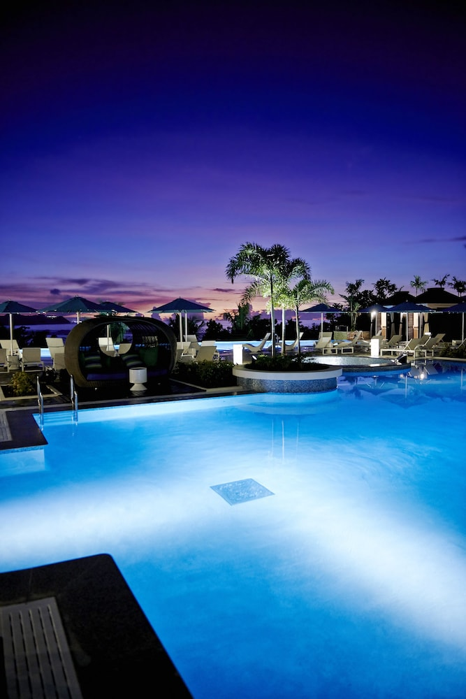 Outdoor Pool, Lotte Hotel Guam