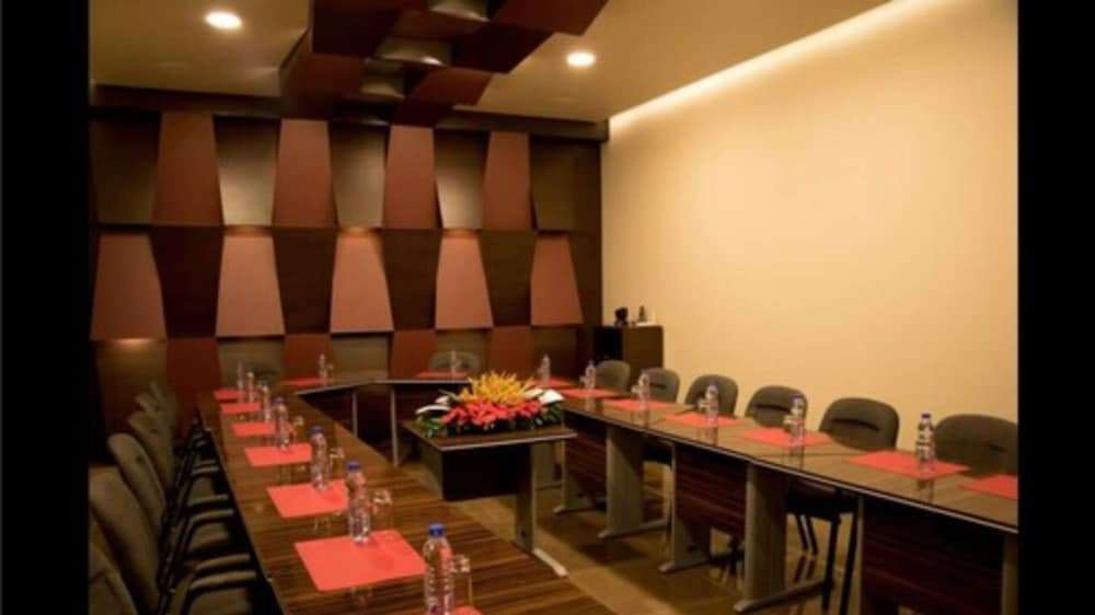 Meeting Facility, Home Suites Boutique Hotel