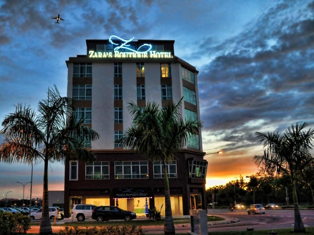 Zaras Boutique Hotel In Kota Kinabalu Hotel Rates Reviews On Orbitz