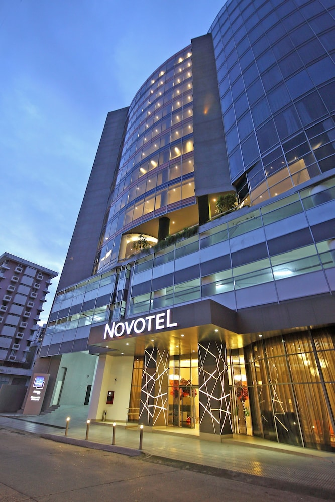Front of Property - Evening/Night, Novotel Panama City