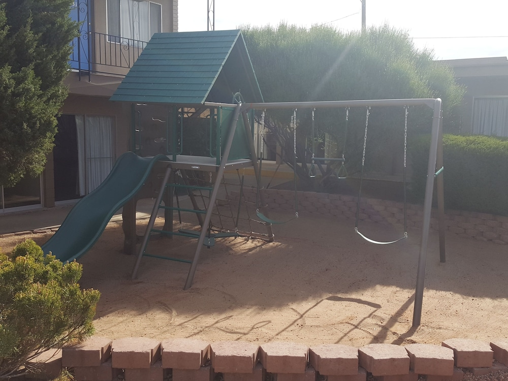 Children's Play Area - Outdoor, Lake Powell Canyon Inn