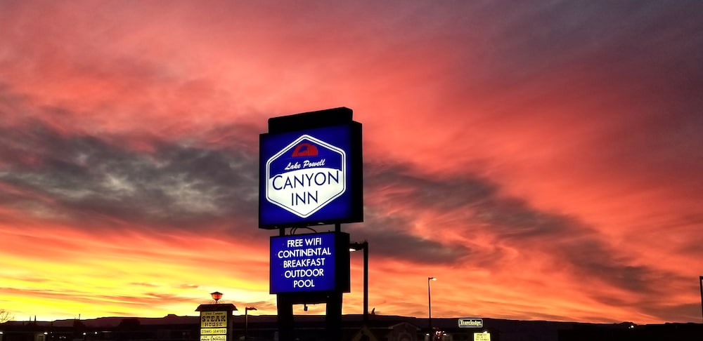 Featured Image, Lake Powell Canyon Inn