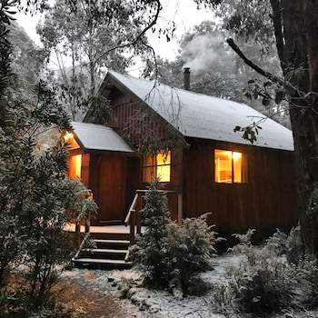 Cradle Mountain Highlanders Cottages Tasmania Australia
