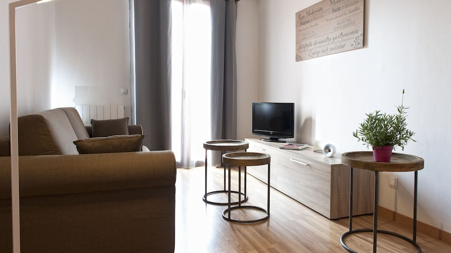 MH Apartments Liceo