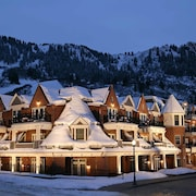 Hyatt Grand Aspen by Frias Properties