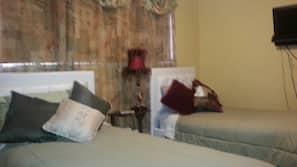 Blackout drapes, iron/ironing board, free WiFi, linens