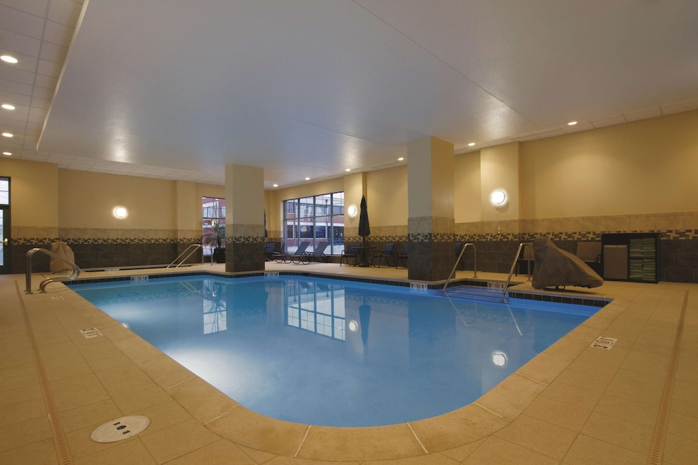 Pool, Hilton Garden Inn Oklahoma City Bricktown