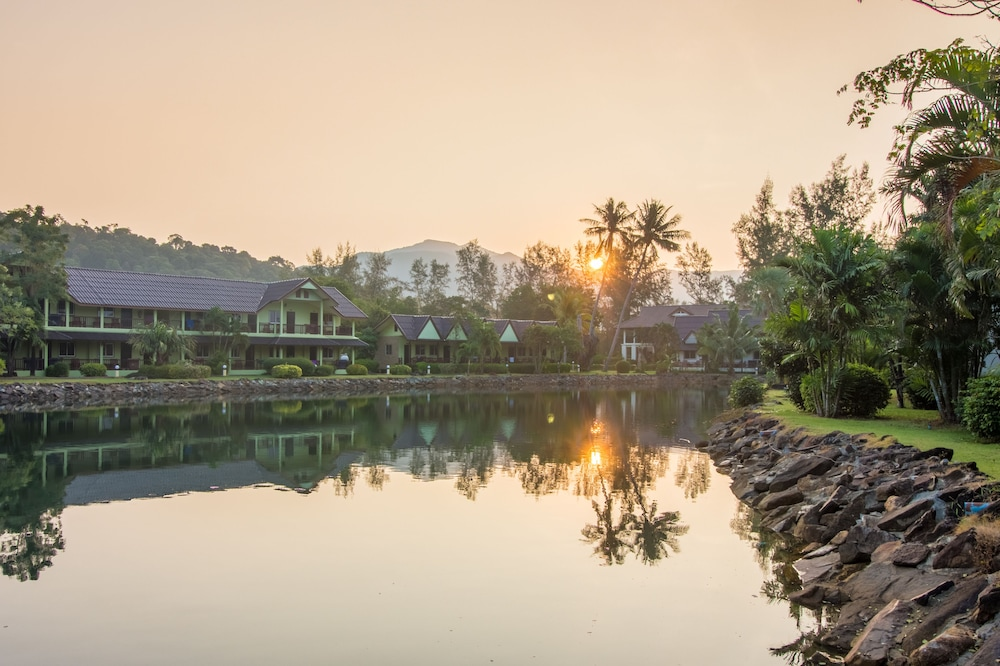 Lake, Klong Prao Resort