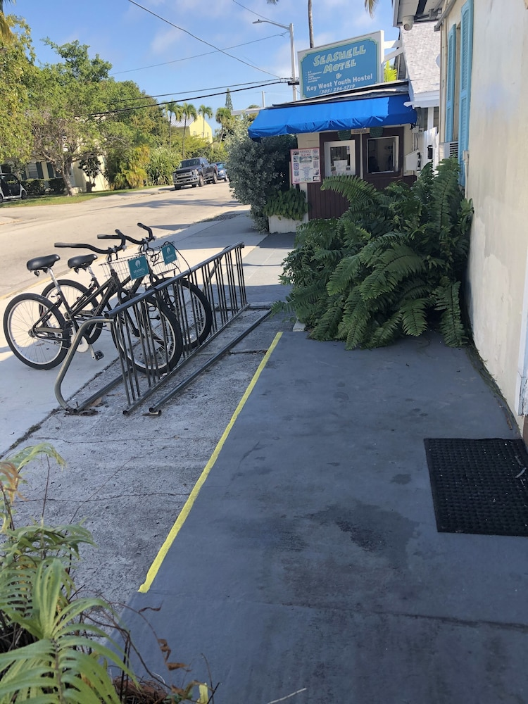 Bicycling, Seashell Motel & Key West Hostel