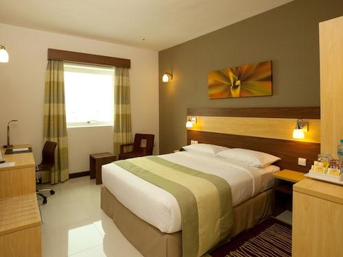 Hotels Near Sharjah Cricket Stadium 33 Ebookers Com