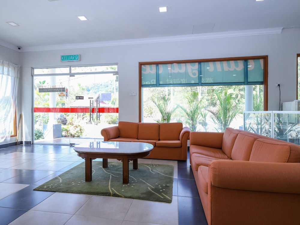 Lobby Sitting Area, OYO 89679 Dream Garden Resort