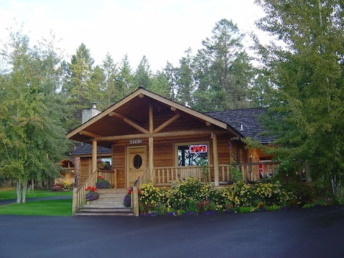 Somer's Bay Log Cabin lodging