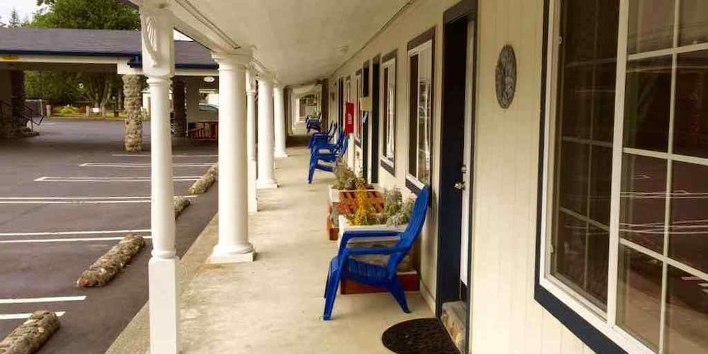 Front of Property, Ocean Breeze Motel