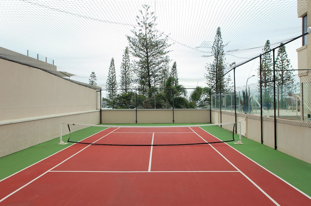 Tennis Court, Pacific Beach Resort