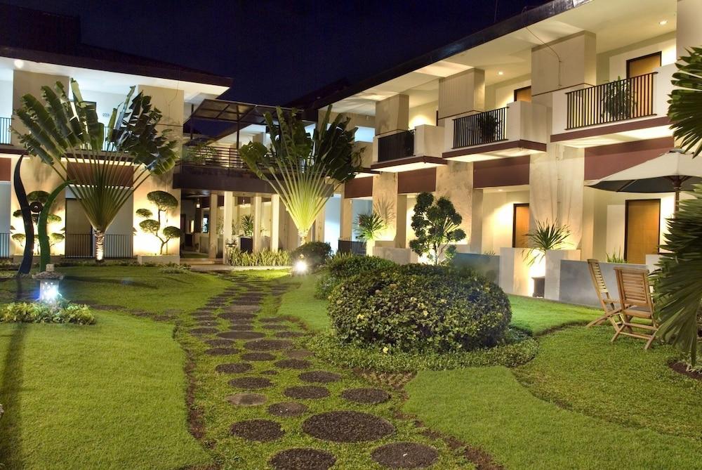 Lpp Convention Hotel Yogyakarta In Yogyakarta Hotel Rates Reviews On Orbitz