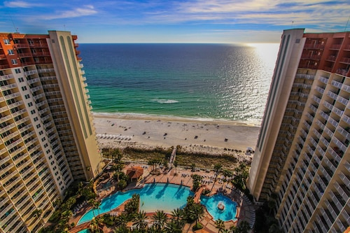 Shores of Panama Beach Resort