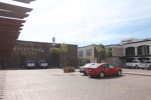 Hotel Rincón Real Suites