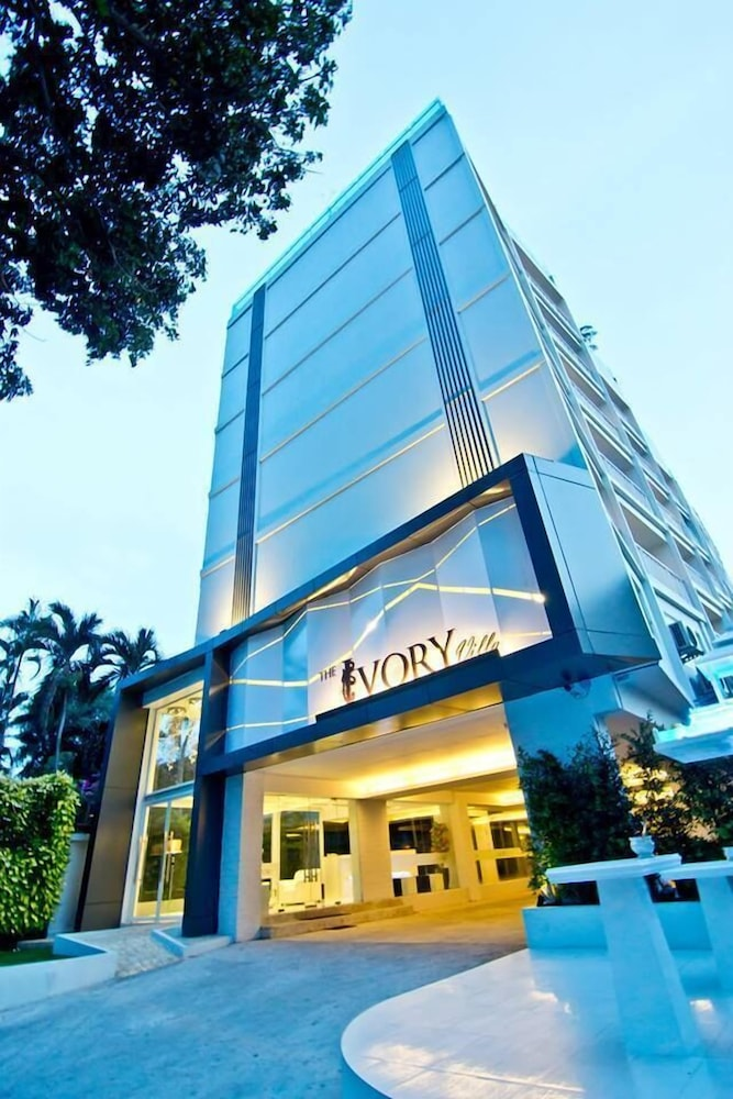 2f8aaef1f48f The Ivory Villa in Pattaya