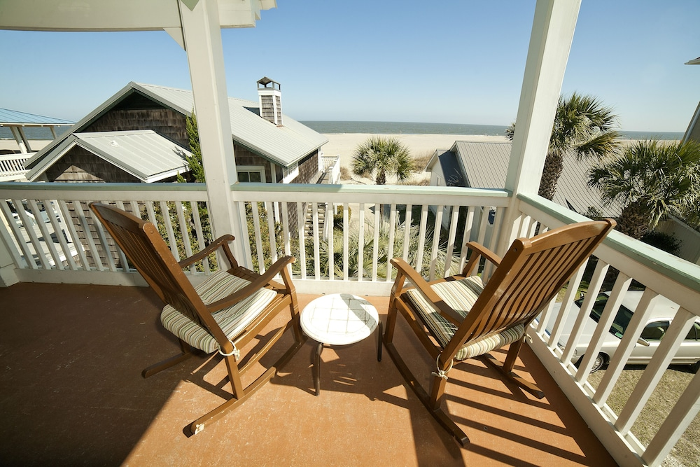 Featured Image, Desoto Beach Terraces