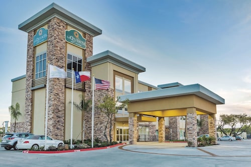 La Quinta Inn & Suites by Wyndham Rockport - Fulton