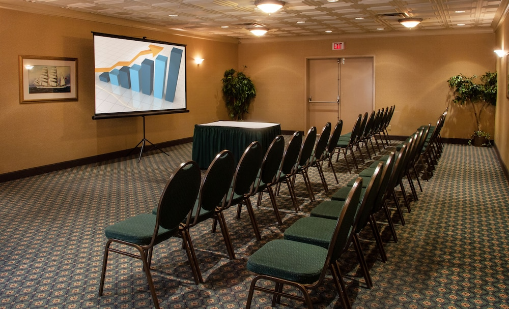 Meeting Facility, Prestige Vernon Lodge and Conference Centre