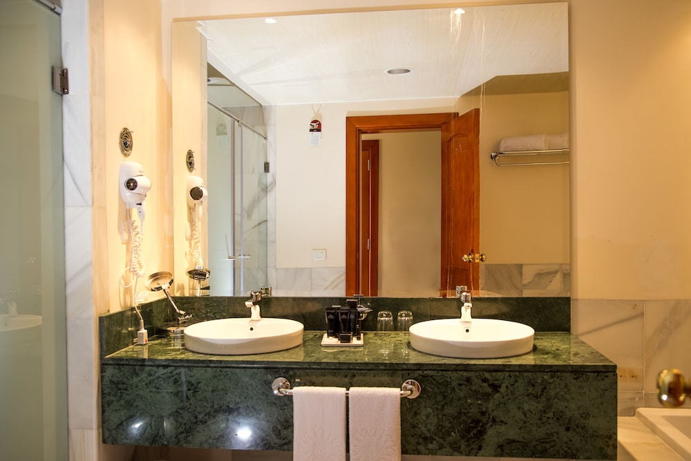 Bathroom Sink, Bahia Principe Luxury Runaway Bay - Adults Only - All Inclusive