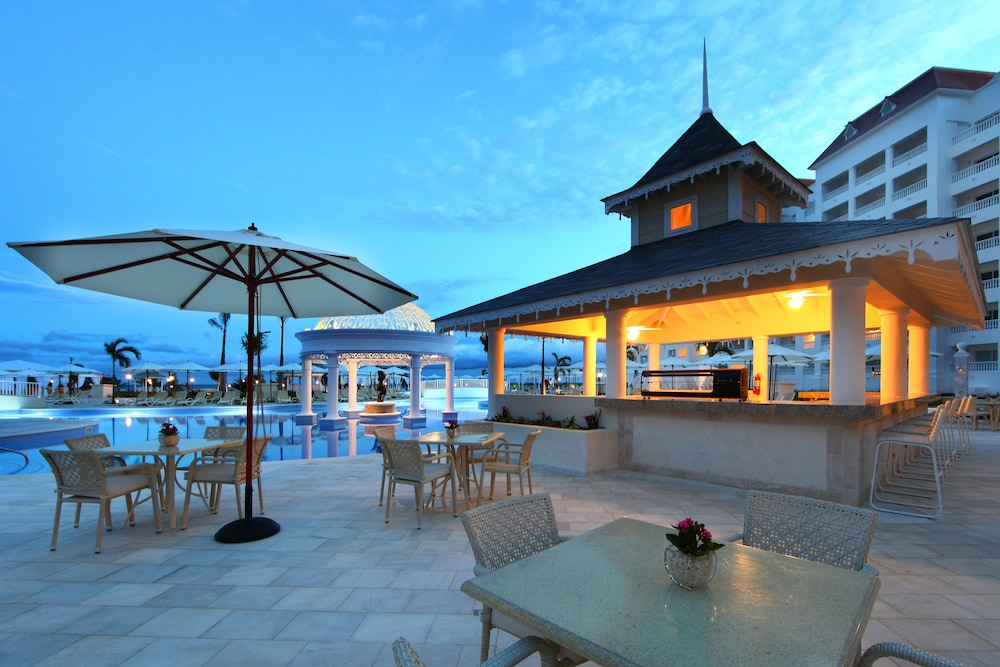 Terrace/Patio, Bahia Principe Luxury Runaway Bay - Adults Only - All Inclusive
