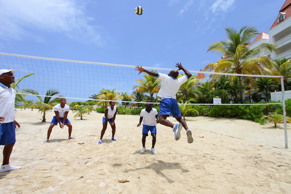 Sport Court, Bahia Principe Luxury Runaway Bay - Adults Only - All Inclusive