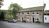 The Red Lion Inn - Holmfirth Hotels