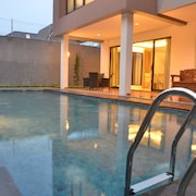 Cemara Villa Dago Private Pool