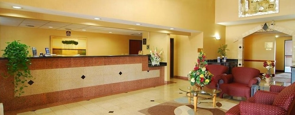 Reception, Quality Inn & Suites