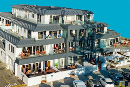 The Pavilions Beachfront Apartments