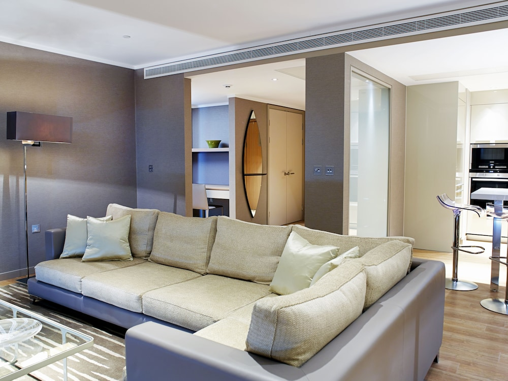 Living Area, Cheval Three Quays