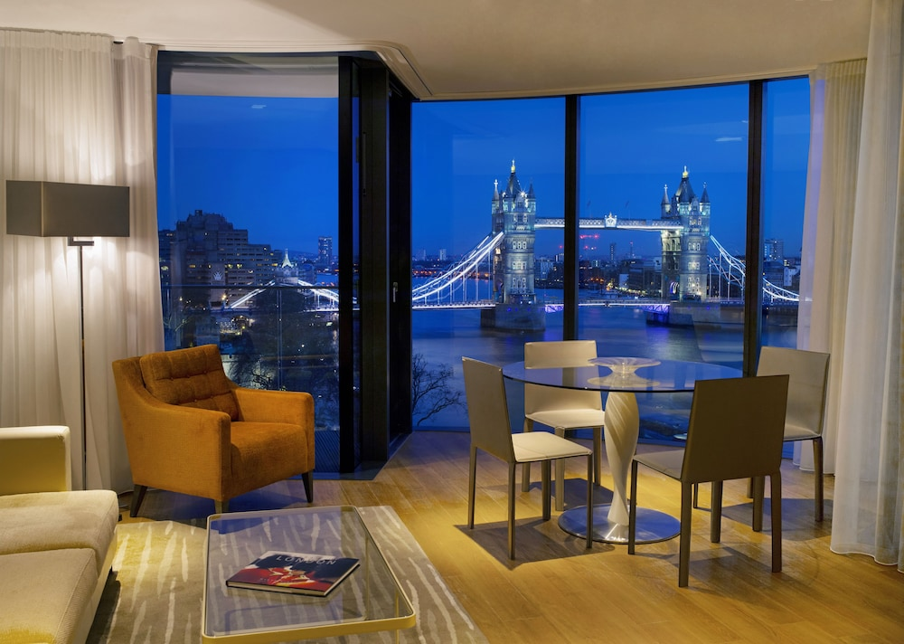 In-Room Dining, Cheval Three Quays