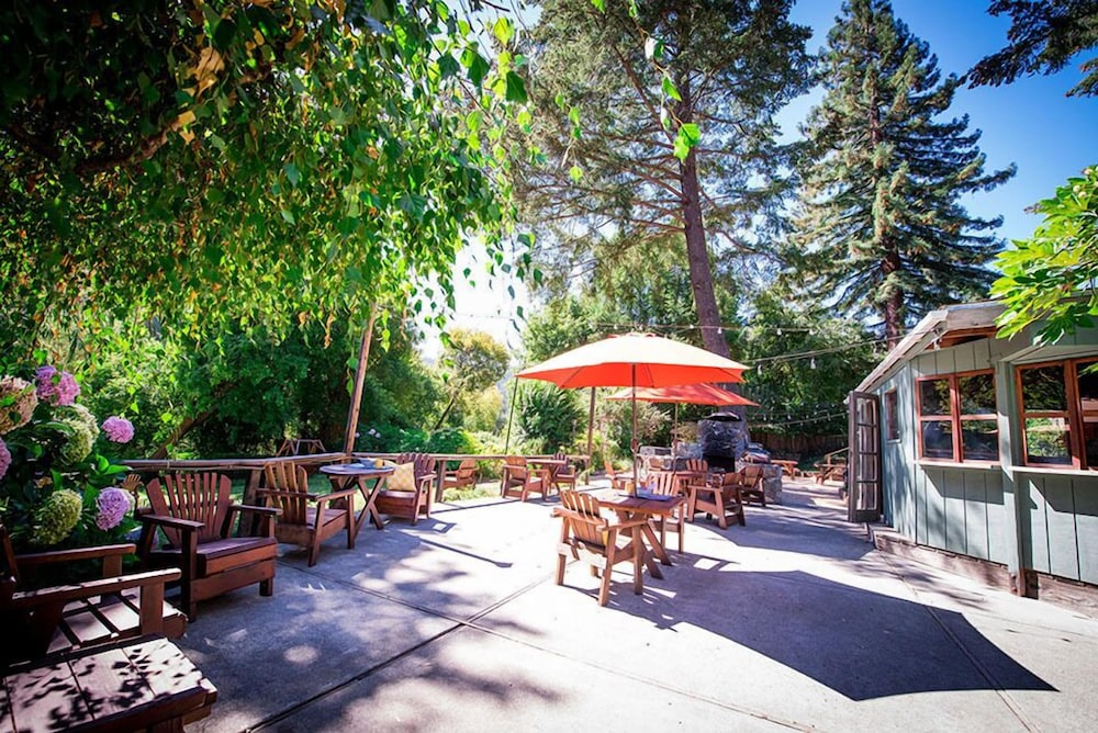 Terrace/Patio, Inn on the Russian River