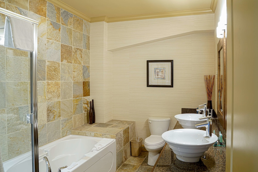 Bathroom, Prestige Beach House, BW Premier Collection
