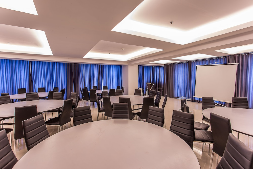 Meeting Facility, Y2 Residence Hotel
