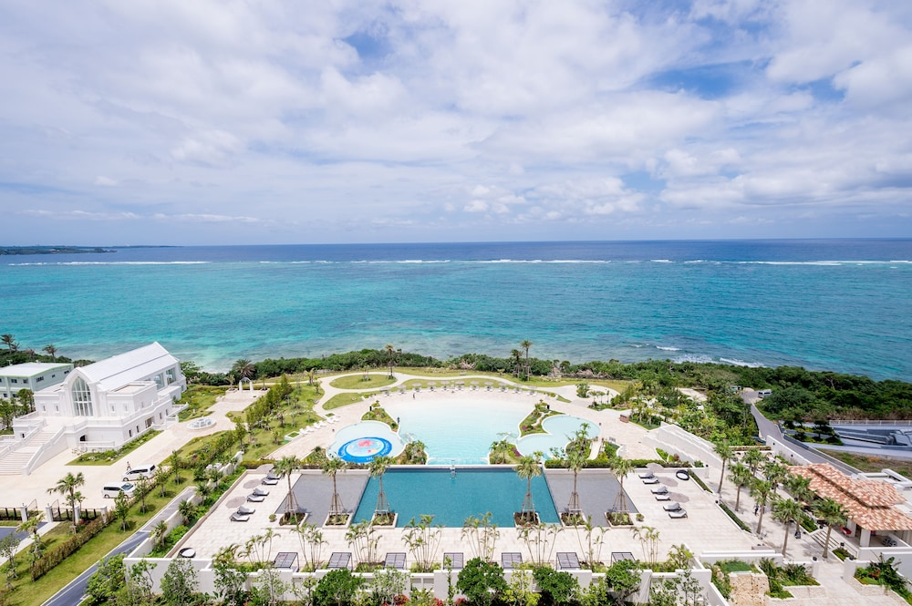 Aerial View, Hotel Monterey Okinawa Spa & Resort
