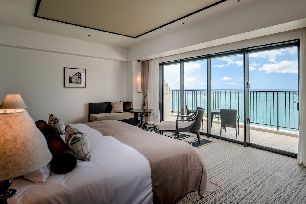 Room, Hotel Monterey Okinawa Spa & Resort