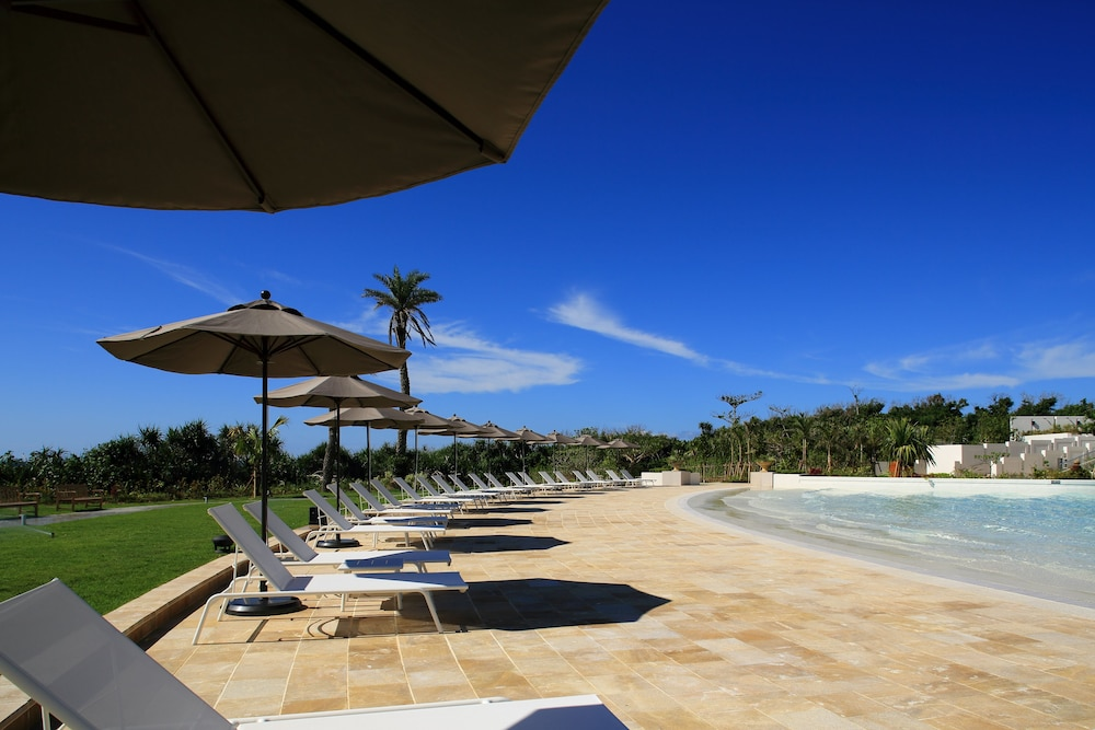 Outdoor Pool, Hotel Monterey Okinawa Spa & Resort