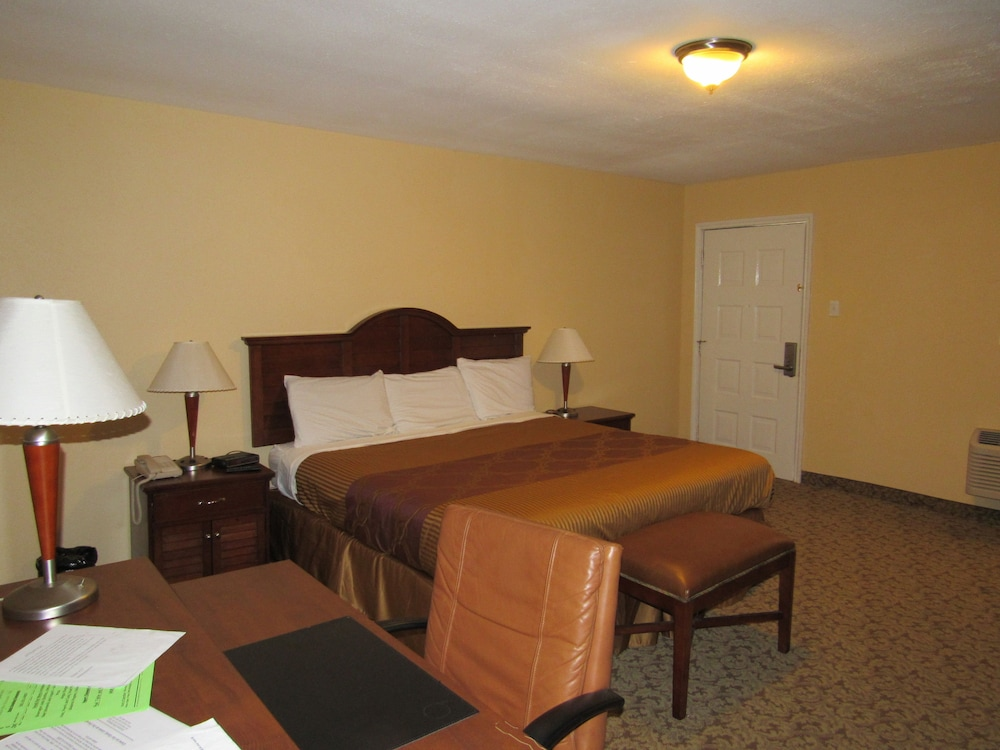 Room, Alvin Extended Stay