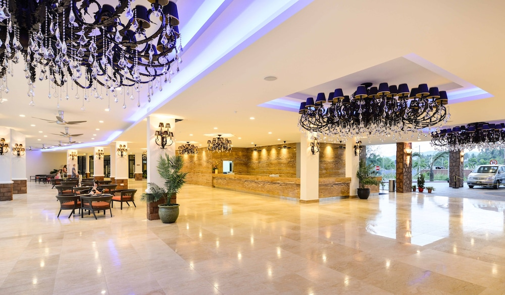 Dayang Bay Serviced Apartment & Resort, Langkawi ...