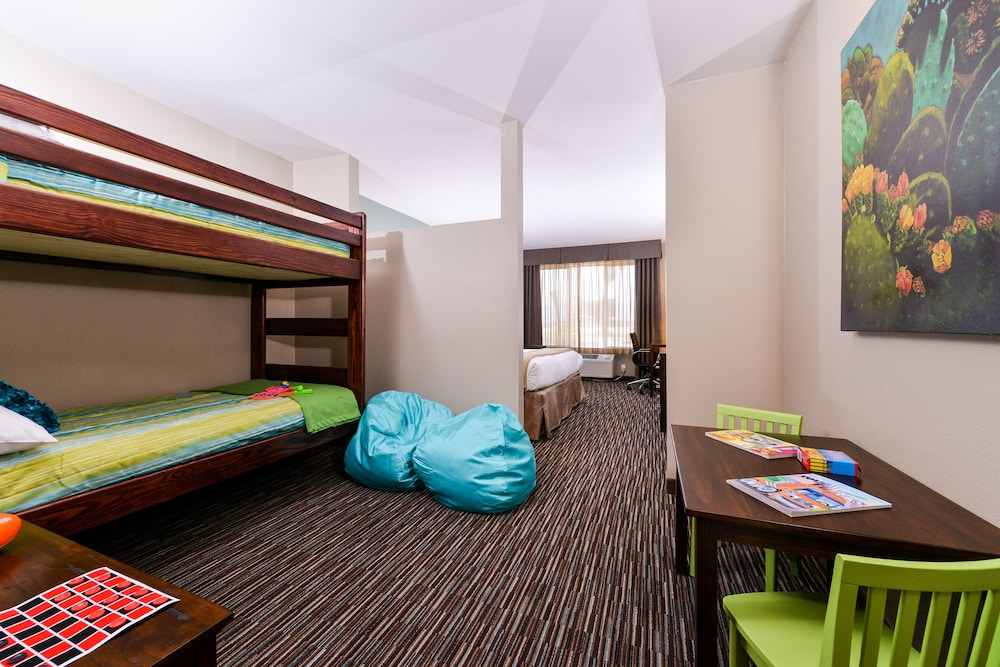 Children's Theme Room, Holiday Inn Express Hotel & Suites Indio