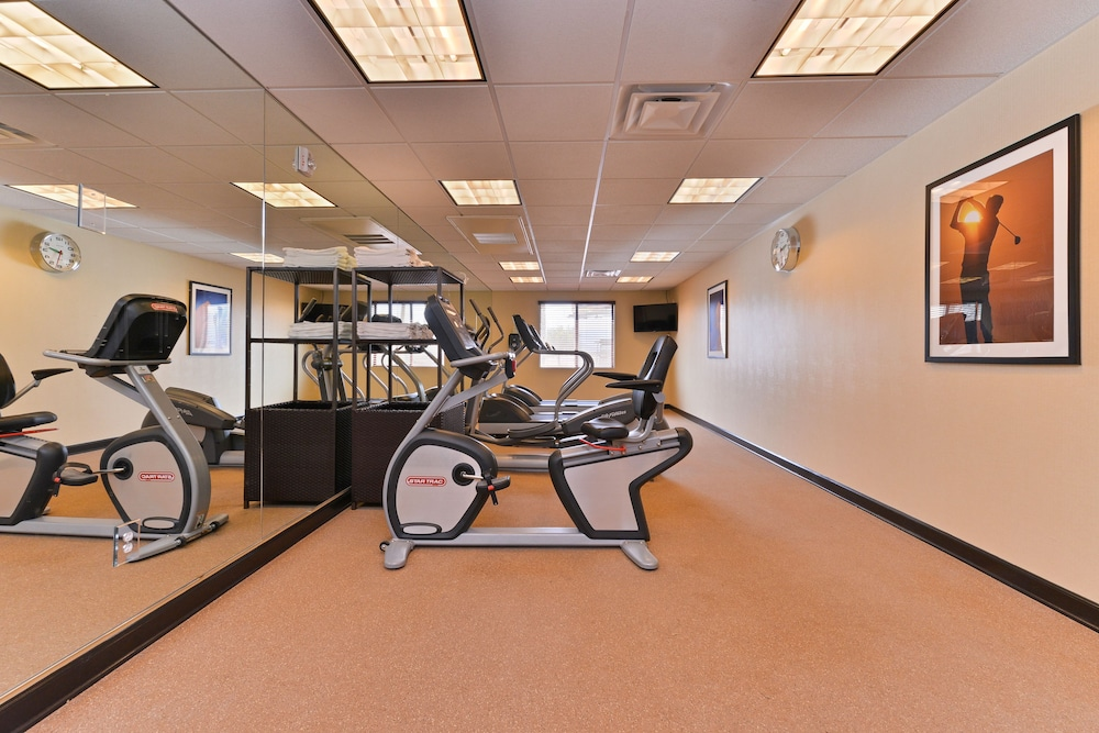 Gym, Holiday Inn Express Hotel & Suites Indio