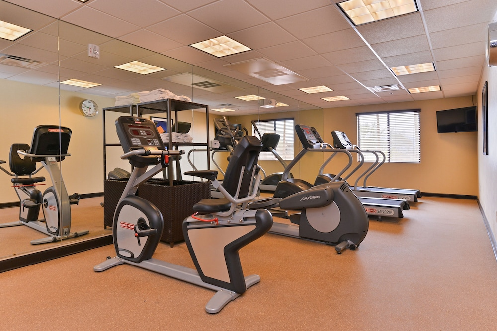 Fitness Facility, Holiday Inn Express Hotel & Suites Indio