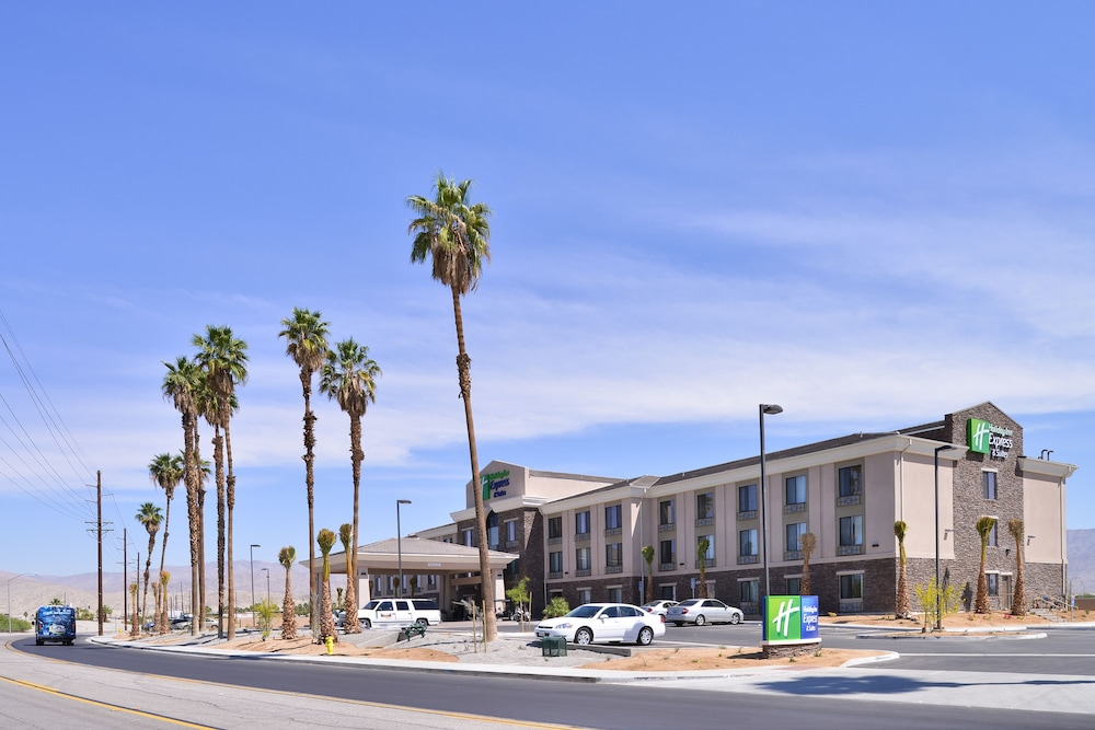 Front of Property, Holiday Inn Express Hotel & Suites Indio