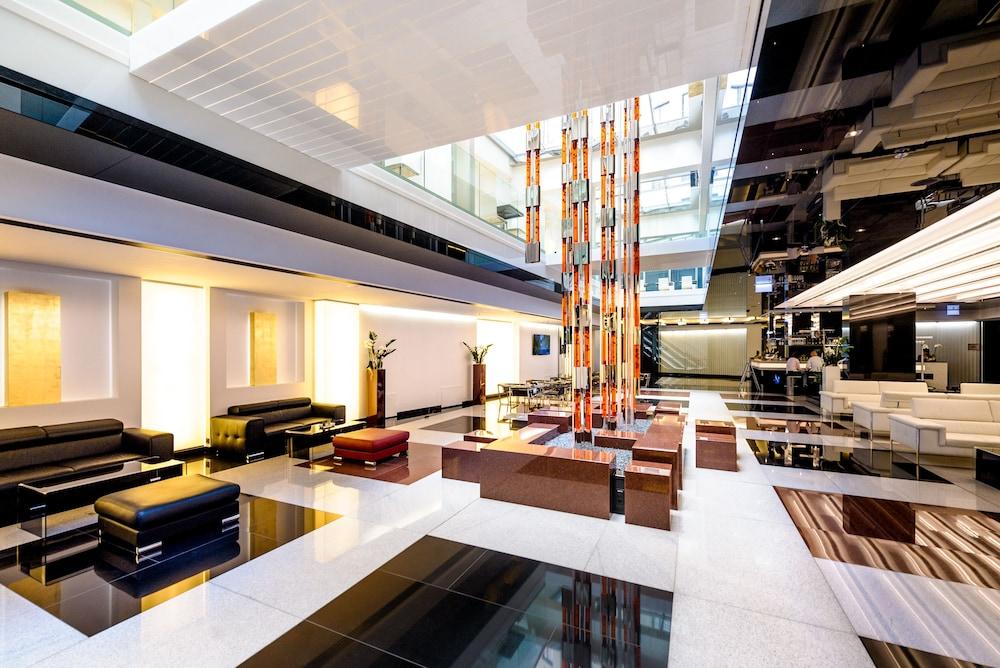 Grandior hotel prague 2017 room prices deals reviews for Best hotel location in prague