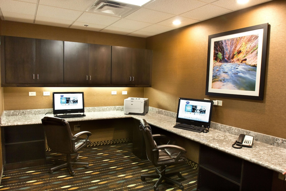 Business Center, Hampton Inn & Suites Salt Lake City/Farmington, UT