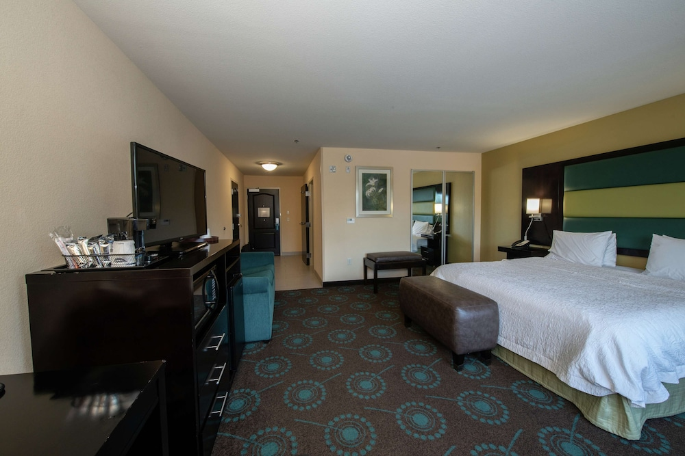 Room, Hampton Inn & Suites Salt Lake City/Farmington, UT